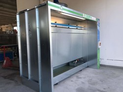 Olimpia 3 meter water spray booth - Lot 12 (Auction 4901)