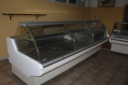 Bakery equipment and furniture - Lot 2 (Auction 4902)