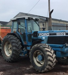 Trattore Ford 8830 Ford
