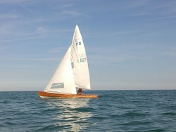 Cantiere Morri   Para Flying Dutchman sail boat - Lot 0 (Auction 4917)