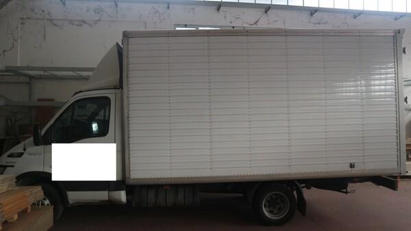 1#4929 Autocarro Iveco