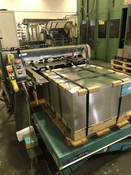 Immagine n. 12 - 1#4934 Produzione di fondi e coperchi in banda stagnata per scatole