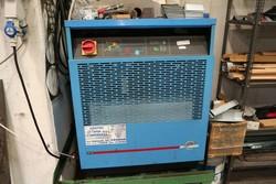 Air dryer - Lot 21 (Auction 4934)