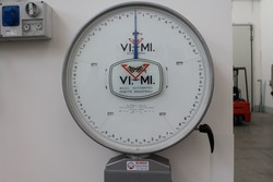 Vimi scale and drawers - Lot 7 (Auction 4941)