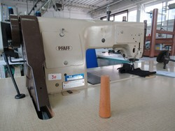Pfaff Rimoldi and Zaghi sewing machines - Lote 1 (Subasta 4947)