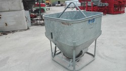 Galvanized bucket - Lot 19 (Auction 4961)