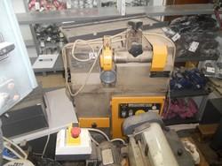 Alfameccanica grinder and gluing machine - Lot 13 (Auction 4962)