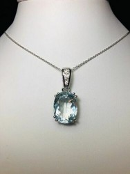 Aquamarine and diamonds pendant - Lote 7 (Subasta 4970)