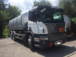 Scania tractor with Safa tank - Lot 1 (Auction 4973)