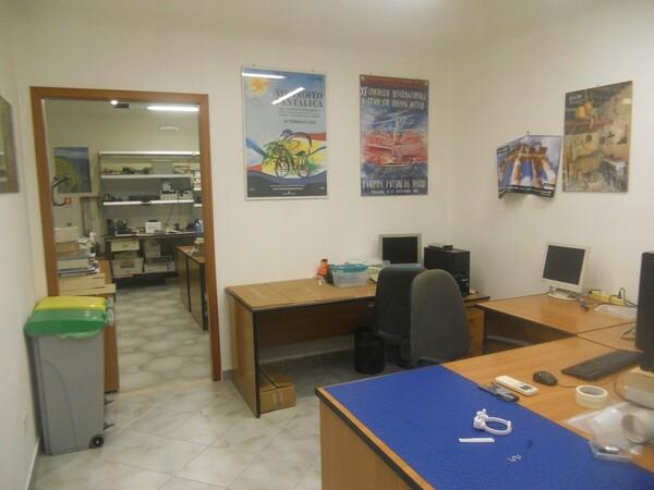 2#4977 Arredi per ufficio in vendita - foto 15