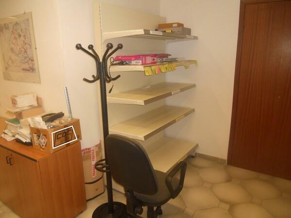 3#4977 Arredi e attrezzature per ufficio in vendita - foto 17