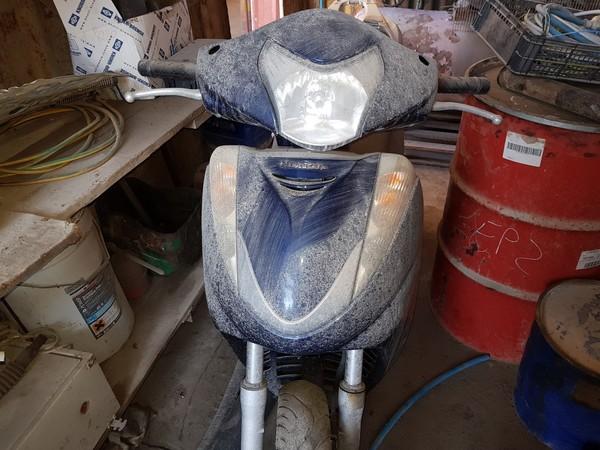 1#4983 Scooter Honda SH300