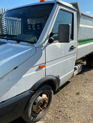 Iveco vehicle with tipper - Lote 17 (Subasta 4984)