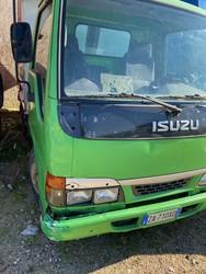 Isuzu truck with tilting tank - Lote 25 (Subasta 4984)