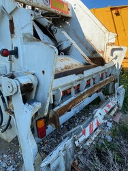 Semi trailer with rear compaction - Lot 37 (Auction 4984)