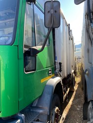 Vehicle Iveco two axle compactor - Lot 40 (Auction 4984)
