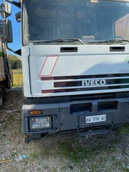 Vehicle Iveco Eurotech three axle compactor - Lot 42 (Auction 4984)