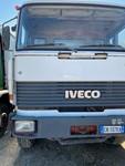 Autocarro Iveco Fiat autocompattatore tre assi - Lotto 47 (Asta 4984)