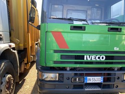 Vehicle Iveco two axle compactor - Lot 50 (Auction 4984)