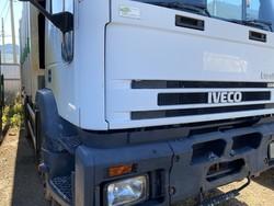 Eurotech three axle truck - Lote 57 (Subasta 4984)