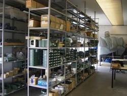 Magazzino componenti e ricambi macchine utensili - Lotto 13 (Asta 4997)