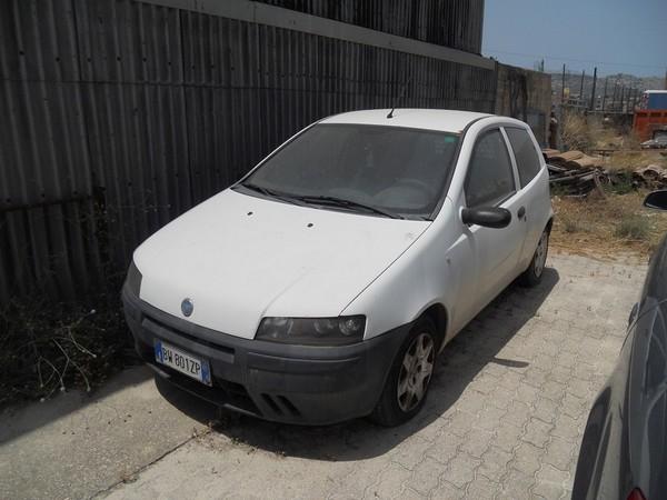 33#5016 Autovettura Fiat Punto