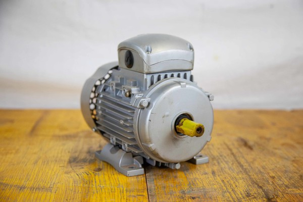 Immagine n. 1 - 23#5027 Motore elettrico