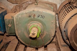Asynchronous motor - Lot 39 (Auction 5027)