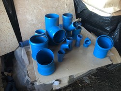 Plastic hydraulic fittings and internal and external units - Lot 0 (Auction 5028)