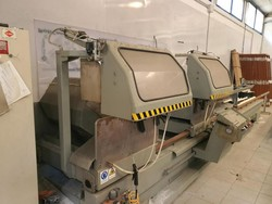 Electra miter saw - Lot 10 (Auction 5029)