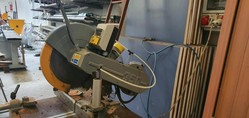 Emmegi miter saw - Lot 13 (Auction 5029)
