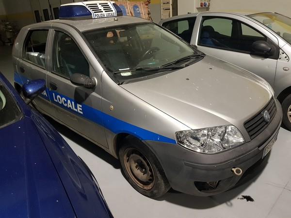 3#5034 Fiat Punto