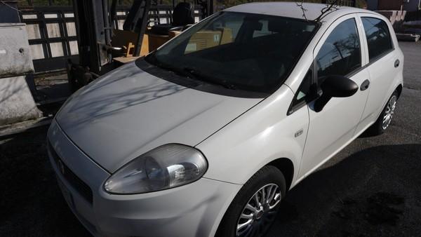 22#5037 Autovettura Fiat Punto
