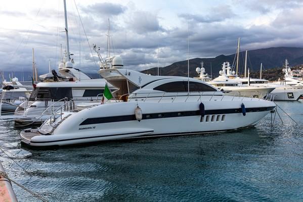 1#5047 Imbarcazione a motore Mangusta 72 Open