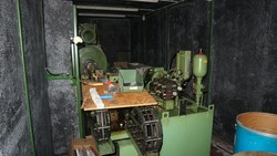 Swaging machine and cutting off machine - Lot 115 (Auction 5049)