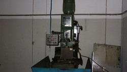 Tapping machine and lapping machine - Lot 2 (Auction 5049)