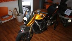 Honda motorcycle and Honda Bali moped - Lote 243 (Subasta 5049)