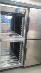 Professional 4 door refrigerator - Lot 4 (Auction 5055)