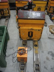 Pallet truck - Lote 28 (Subasta 5061)