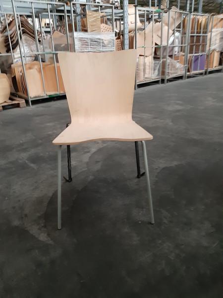 Lotto Stock rimanenze magazzino per produzione tavoli e sedie