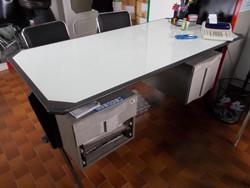 Office supplies - Lot 9 (Auction 5073)