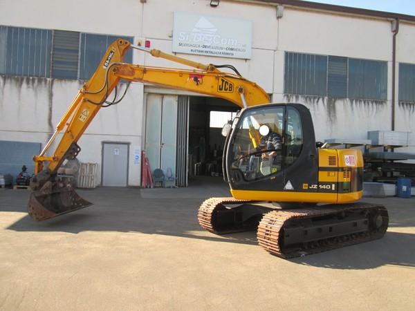 Immagine n. 3 - 15#5085 Escavatore cingolato JCB