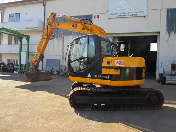 Immagine n. 4 - 15#5085 Escavatore cingolato JCB