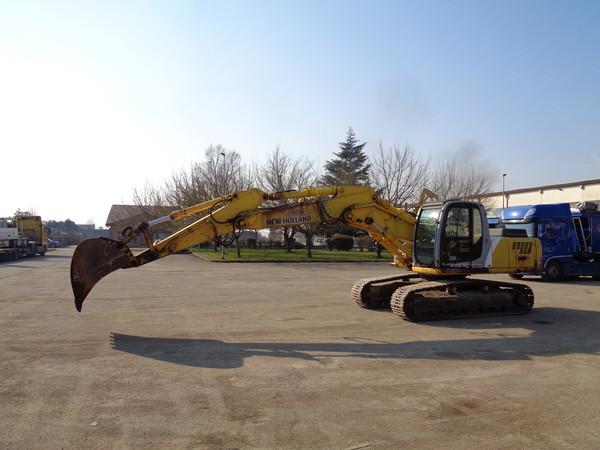 Immagine n. 2 - 25#5085 Escavatore cingolato New Holland