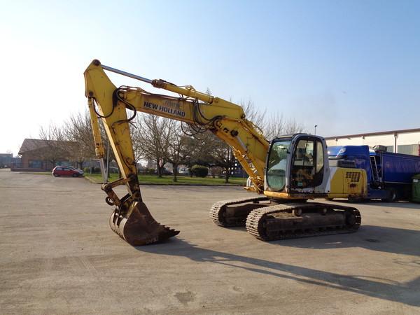 Immagine n. 5 - 25#5085 Escavatore cingolato New Holland