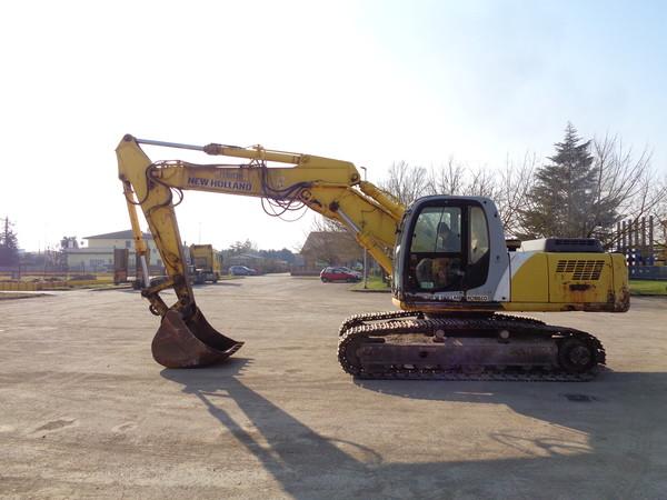 Immagine n. 6 - 25#5085 Escavatore cingolato New Holland