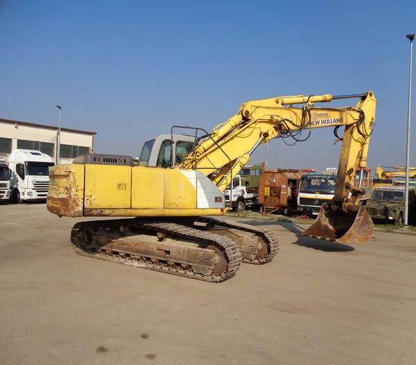 Immagine n. 16 - 25#5085 Escavatore cingolato New Holland