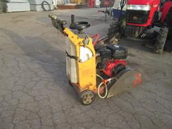 Husqvarna asphalt cutter - Lote 31 (Subasta 5085)