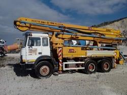 Iveco Magirus concrete pump - Lot 6 (Auction 5091)