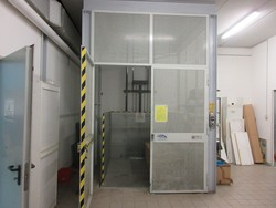 MBM freight elevator - Lot 7 (Auction 5094)
